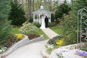 Minister & Wedding Garden